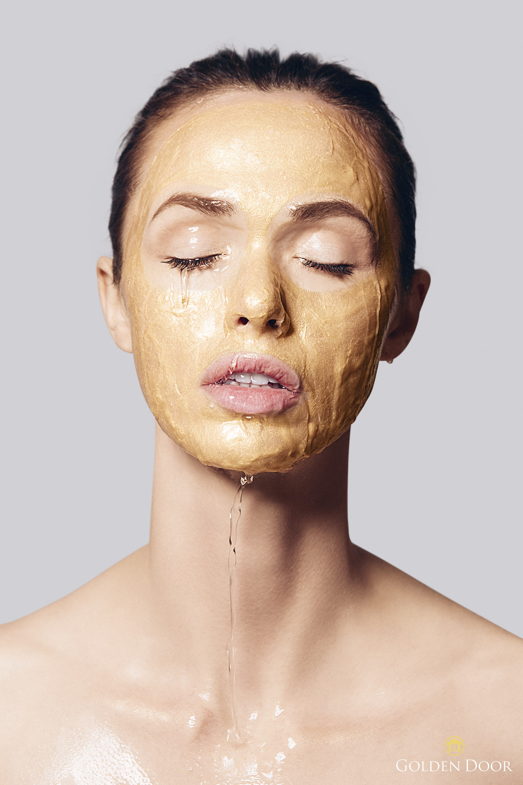 Girl wearing a gold face mask - Kimberly Genevieve Los Angeles Lifestyle Advertising Photographer