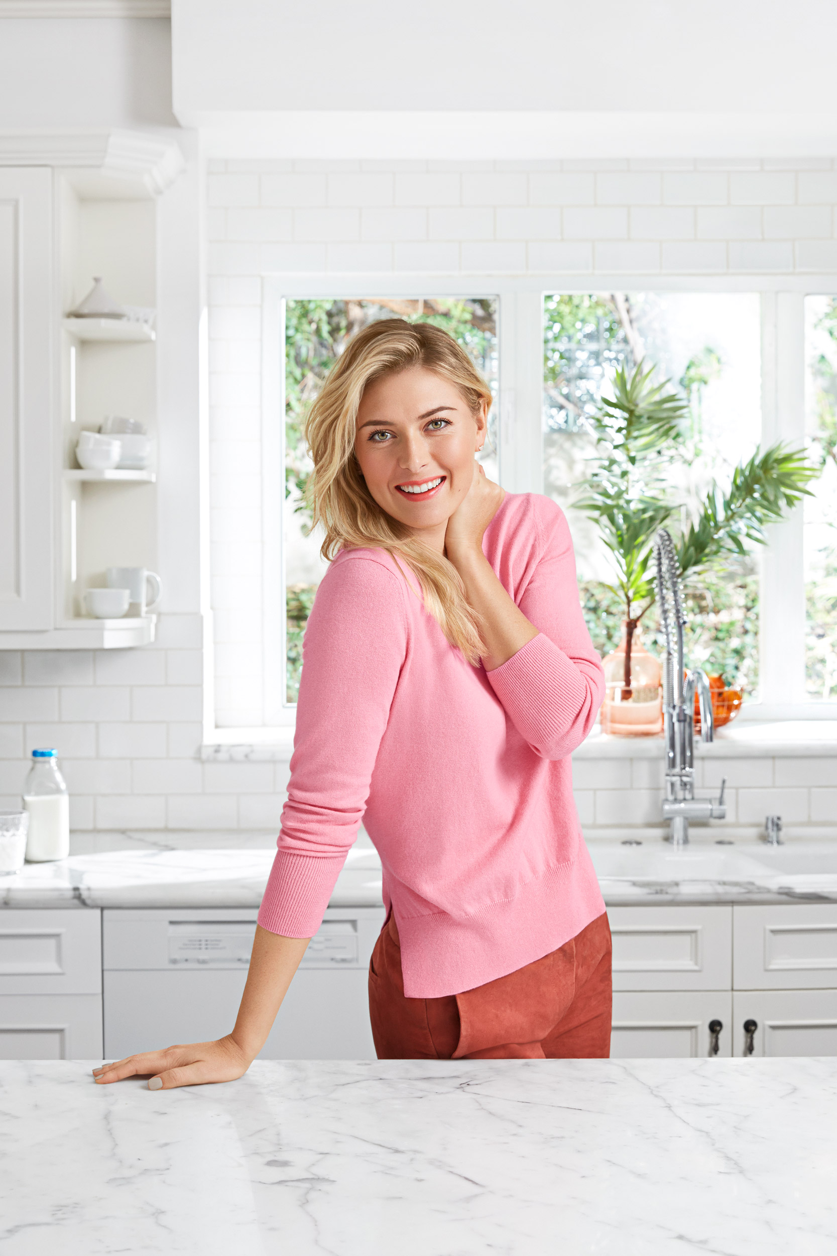 Maria Sharapova smiling in a kitchen. Kim Genevieve Los Angeles Portrait Photographer