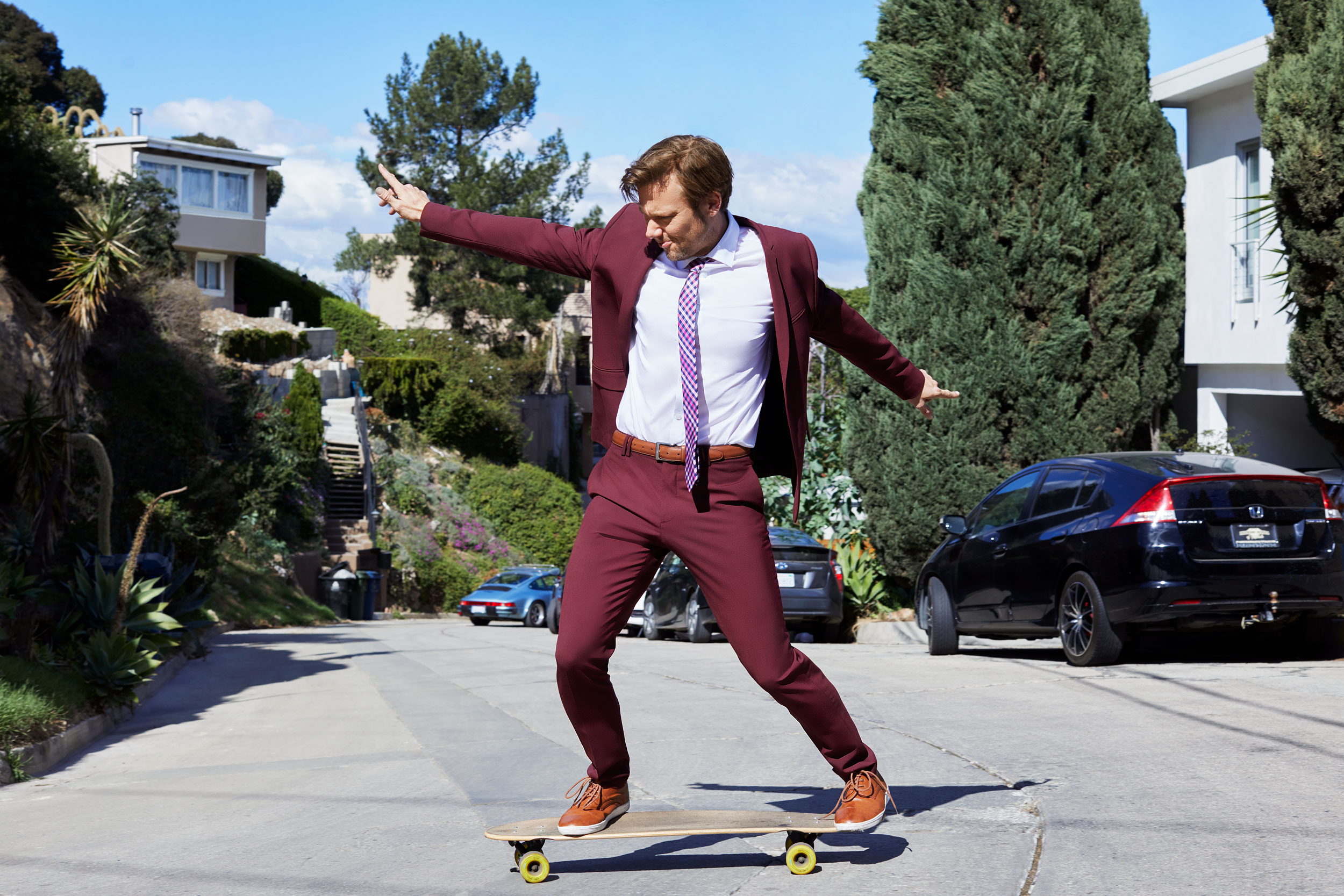 Celebrity and actor Jimmi Simpson on a skateboard. Kim Genevieve Los Angeles Portrait Photographer