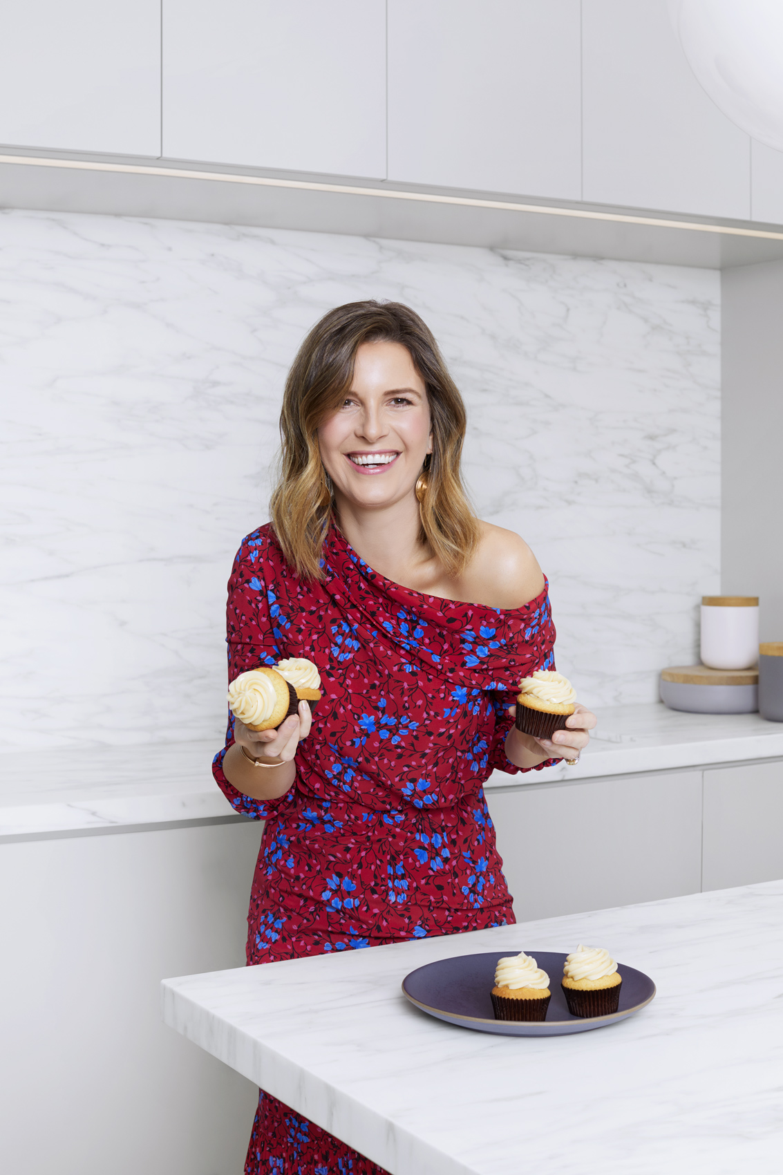 Television host and chef Candace Nelson in her home kitchen. Kim Genevieve Los Angeles Portrait Photographer