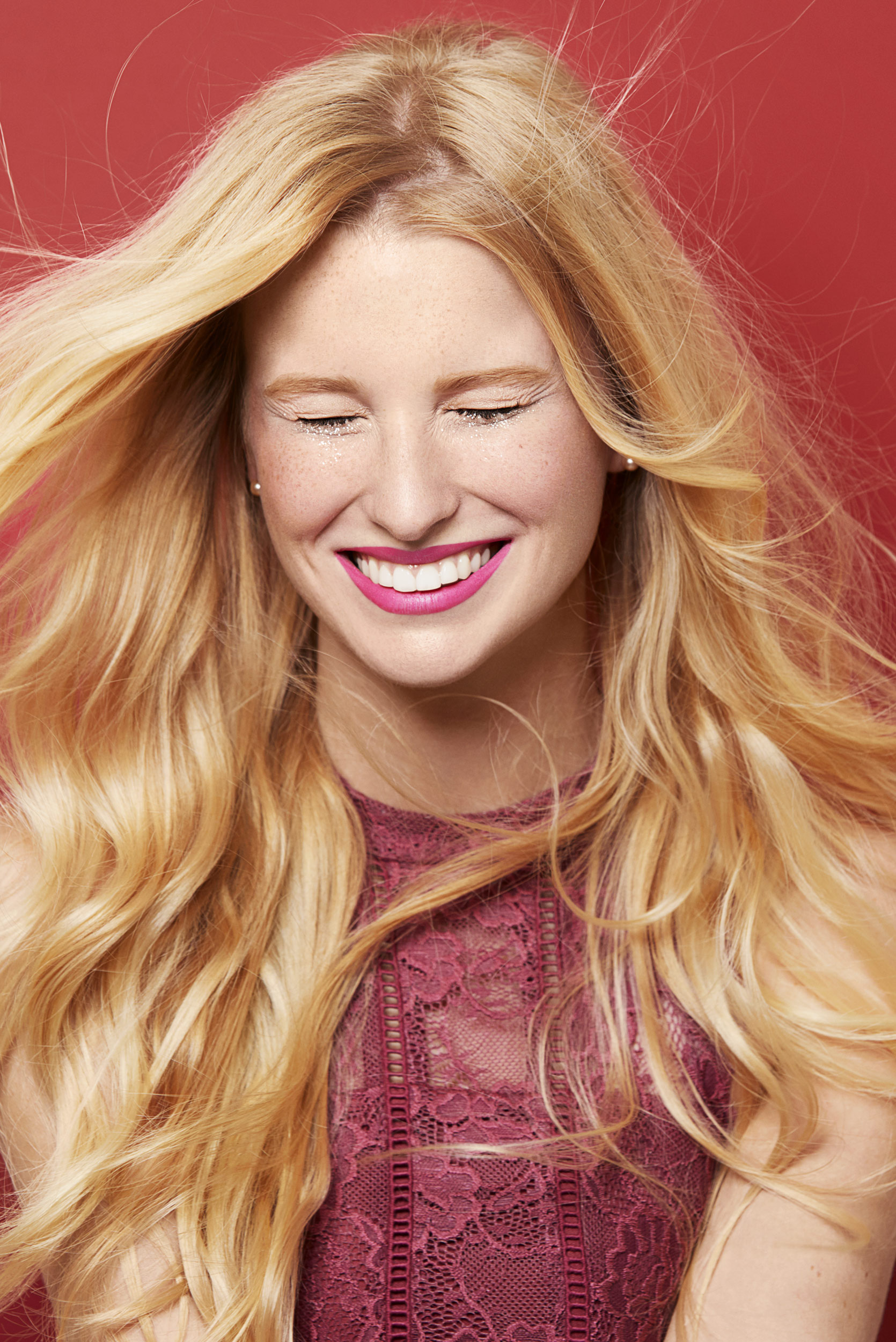 Girl with blonde hair smiling. Kim Genevieve Los Angeles Lifestyle Photographer