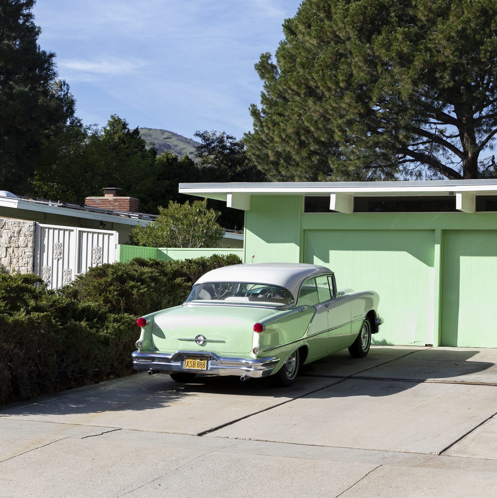 Vintage green car. Kimberly Genevieve lifestyle photographer Los Angeles