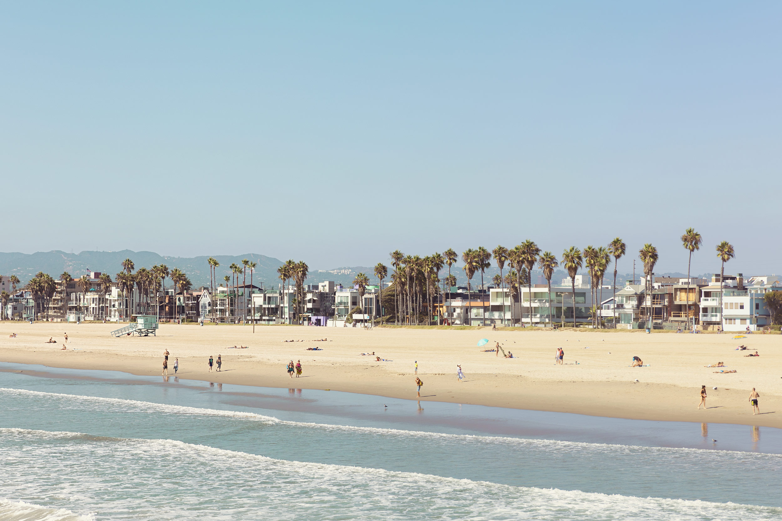 Venice beach on a summers day. Kimberly Genevieve lifestyle photographer Los Angeles