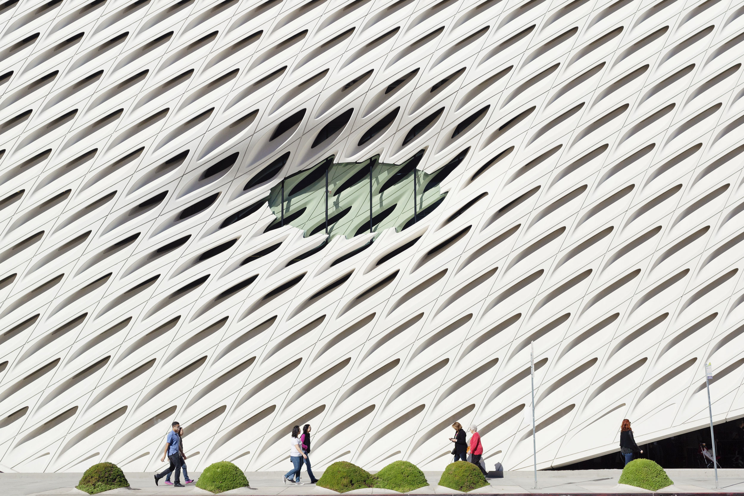 The Broad Museum Los Angeles. Kimberly Genevieve lifestyle photographer Los Angeles